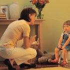 Cómo utiliza un padre técnicas positivas de disciplina