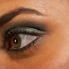 How to feminize your eyebrows