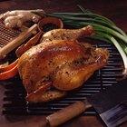 Como assar um frango inteiro em uma churrasqueira