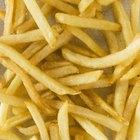 Como usar o micro-ondas em sobras de comida frita