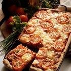 Cómo poner mozarela fresco en una pizza