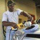 Como remover marcas de redemoinho e teias de aranha em um carro
