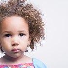 Cómo manejar el pelo rizado en un bebé