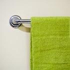 ¿Es higiénico dejar las toallas mojadas sobre los toalleros del baño?