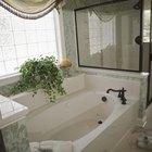 Cómo reparar una bañera de fibra de vidrio
