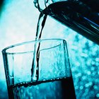 Efeitos do cal e alumínio na purificação de água