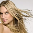 ¿Qué puede quitar el color amarillo del cabello rubio claro?