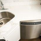 Cómo quitar la bomba de drenado de una lavavajillas Bosch