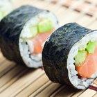 Sentindo dores de estômago depois de comer sushi
