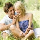 ¿Cuáles son algunas señales físicas que muestran que un hombre se ha enamorado?