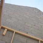 Cómo pegar un marco de madera a una pared de bloque de hormigón