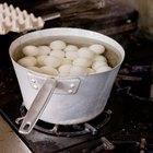 Cómo cocinar huevos para que no sean difíciles de pelar