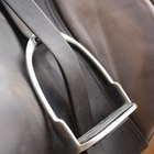 How to Measure Stirrup Irons