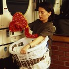 Cómo hacer un fijador del color para lavar la ropa