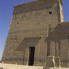 How to Create an Egyptian Travel Brochure