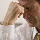 Quais são as causas de dores de cabeça do lobo frontal?