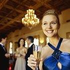 Qué debería usar una mujer para una gala formal
