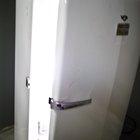Cómo pintar un refrigerador oxidado