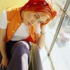 Si mi cabello está teñido de naranja, ¿puedo teñirlo de rubio encima?