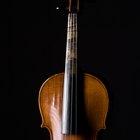 Como ajustar o cavalete de um violoncelo
