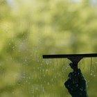 Cómo quitar las manchas de agua dura de las ventanas