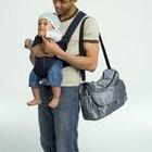 Cómo debes llevar la leche materna en una bolsa de pañales