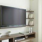 Como esconder os cabos de uma TV de tela plana montada na parede