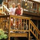 Cómo construir una escalera de madera con un pequeño descanso en un ángulo de 90 grados