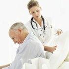 Como virar um paciente acamado com o lençol dobrado