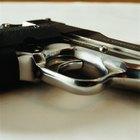 Cómo obtener una licencia para portar armas en California