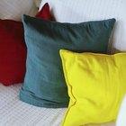 Cómo convertir una cama individual en un sofá cama con cojines
