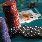 Cómo hacer invitaciones para una fiesta de casino