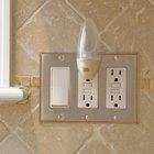 Cómo instalar un interruptor y enchufe combinado
