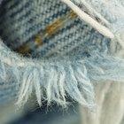 ¿Cómo poner agujeros en las rodillas de tus jeans?