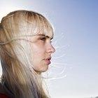 Cómo neutralizar los matices dorados en color del cabello