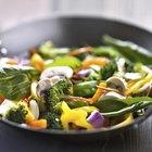 El wok de acero al carbono versus el wok de acero inoxidable