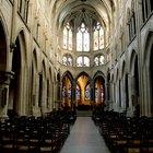 Semelhanças entre o estilo românico e gótico