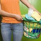 Cómo quitar las manchas de goma de la ropa