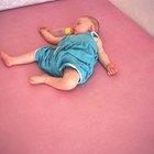 Cómo quitar las manchas de moho de un colchón