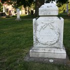 How to correct wrong information on a gravestone