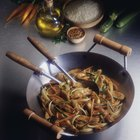 Advantages & Disadvantages of Stir-Frying