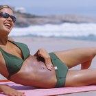 Cómo escoger un bikini que haga ver bien tu estómago