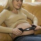 Cómo reproducir música para un bebé en el vientre