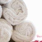 Como faço para remover os fiapos de toalhas de banho novas?