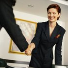 How to Make a Good Memorable Impression With an Employer