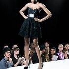 Quais são as dimensões de uma passarela de desfile de moda?