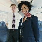 ¿Cuáles son los requisitos para ser un auxiliar de vuelo?