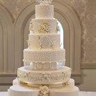 Como alisar o glacê de bolos de casamento