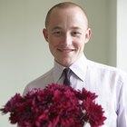 Por que homens dão flores a mulheres?