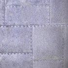 ¿Qué puede utilizarse para sujetar metal a una pared?